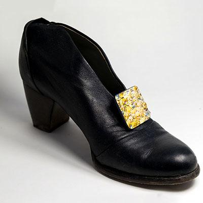 clip applicata alla scarpa